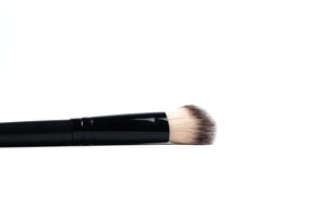 Highlighter Brush - ColourYourEyes.com
