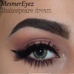 Shakespeare's Dream - ColourYourEyes.com