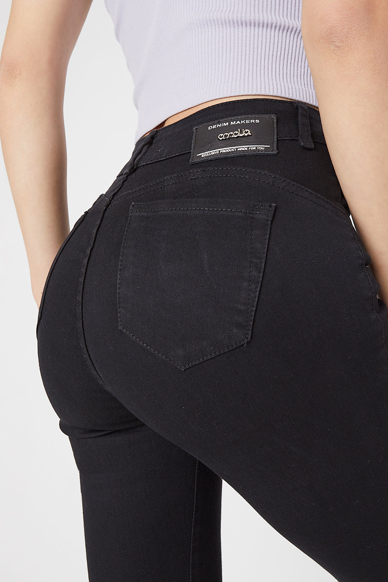 RUBY JEANS · HIGH WAIST JEANS · 3290