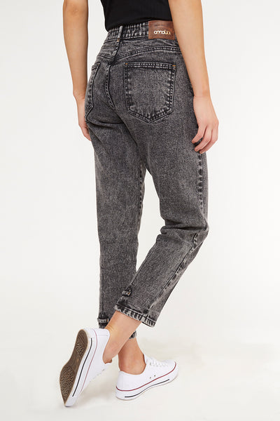 MOM JEANS · FASHION · 3535