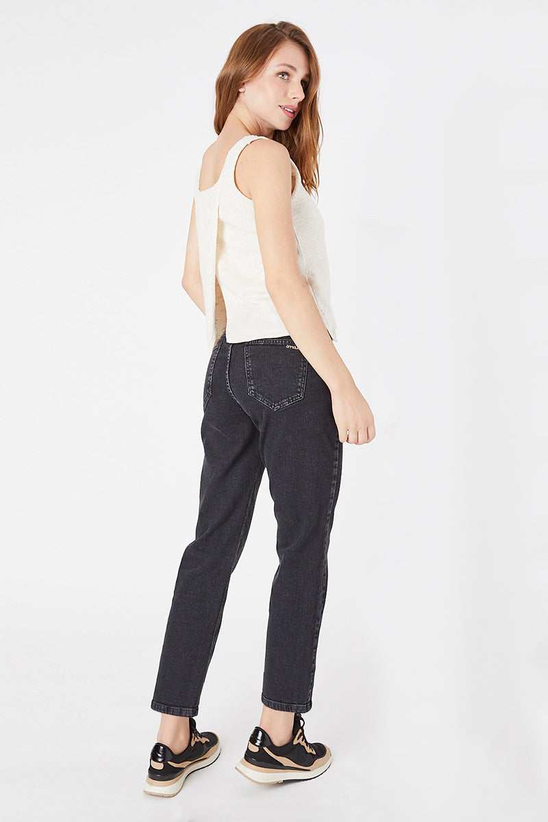MOM JEANS · FASHION · 3619