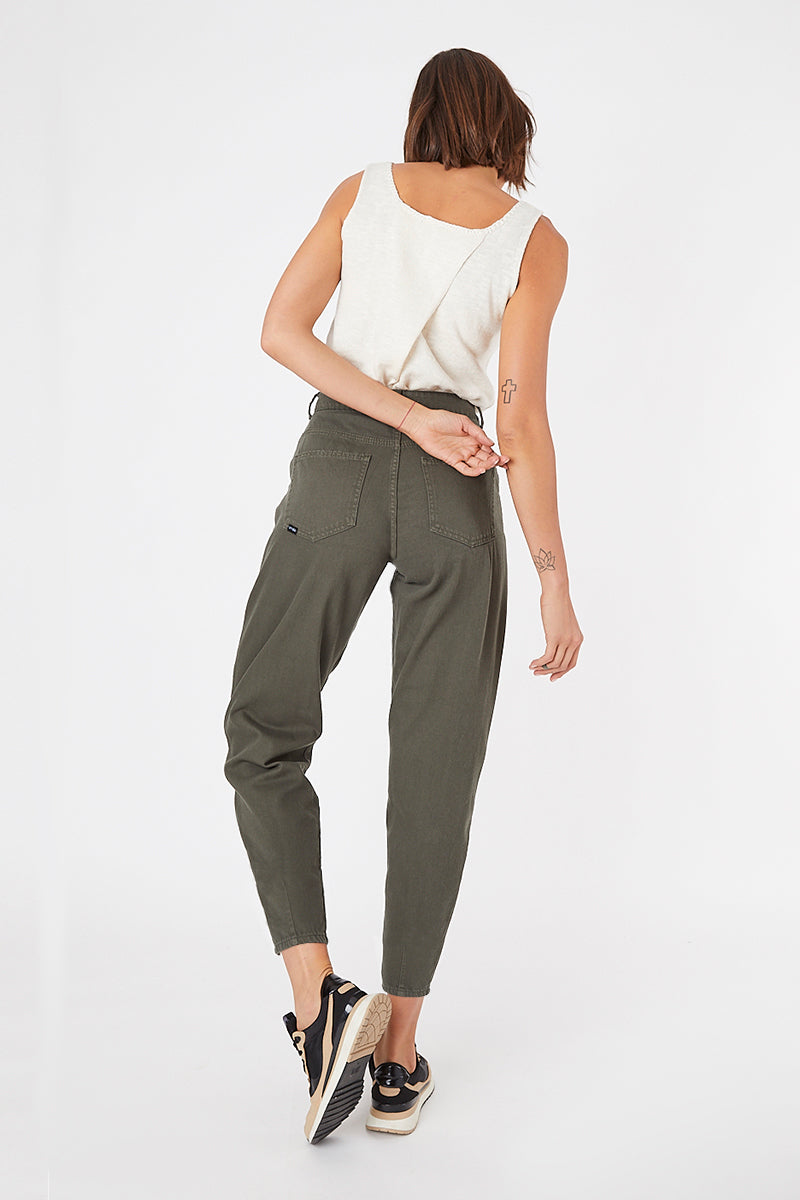 SLOUCHY JEANS · FASHION · 3621