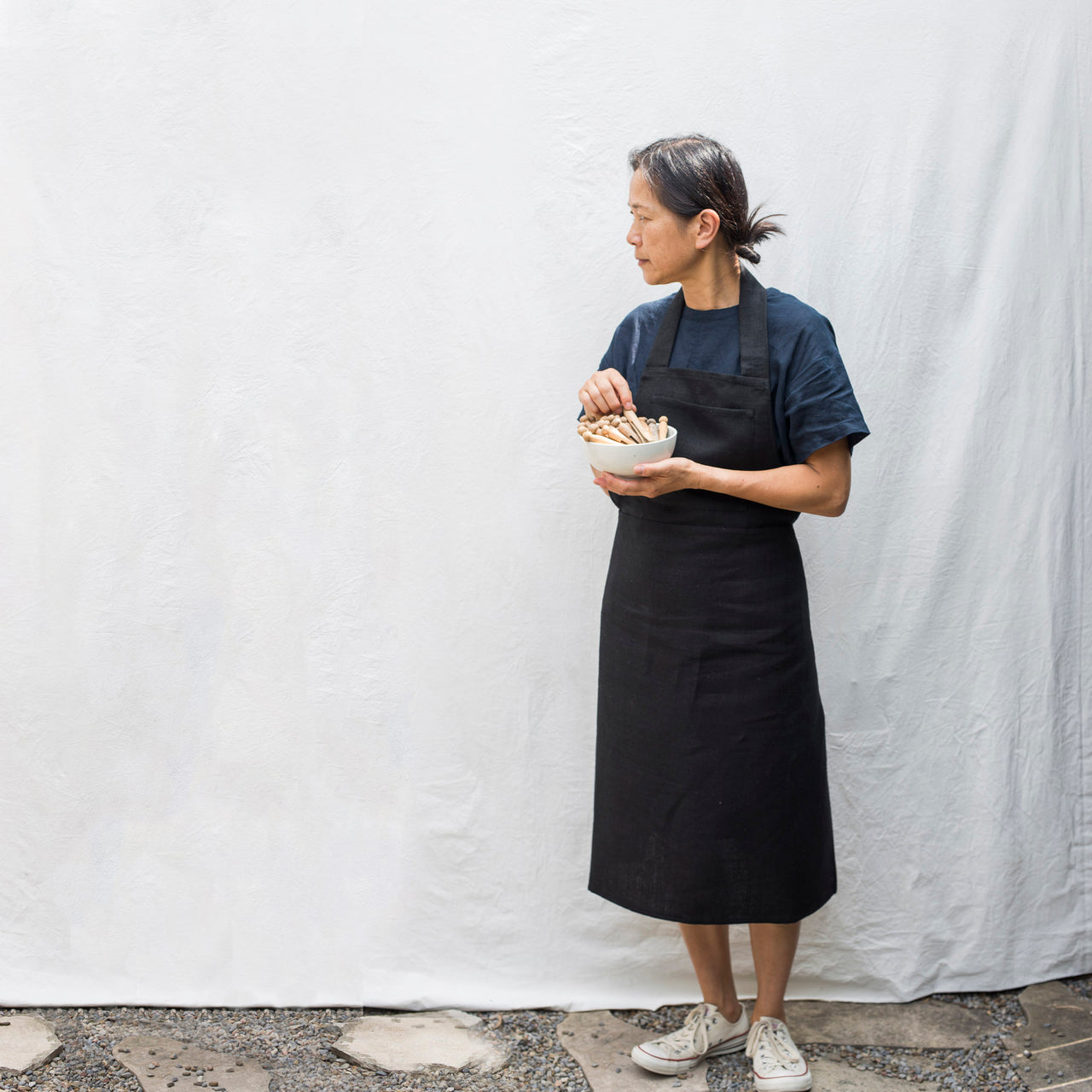 full linen apron (black)