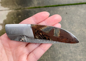 Ursa Whisky Bravo Mammoth Bone Matrix Damascus Pocket Knife