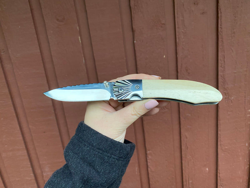 Ursa Aurora Moose Antler Pocket Knife