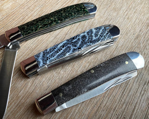 Double Blade Dinosaur Bone Trapper Pocket Knife