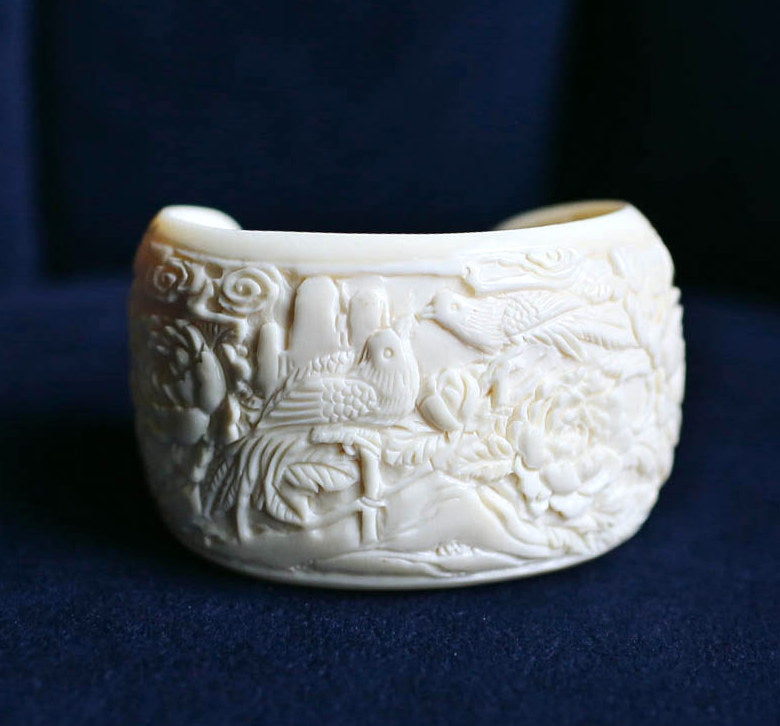 Mammoth Ivory Kissing Birds with Flowers Cuff