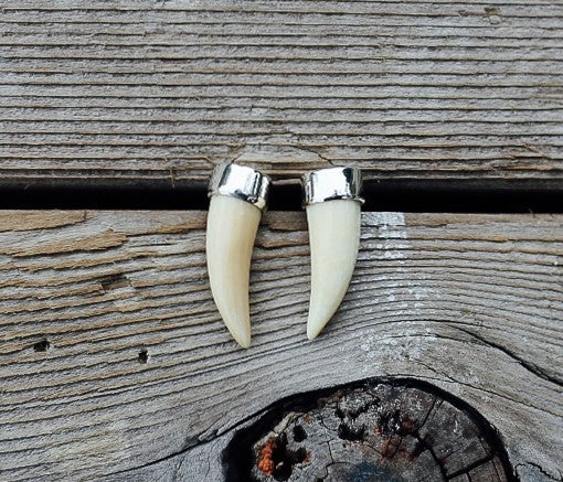 SOLD OUT Mini Tusk Earrings
