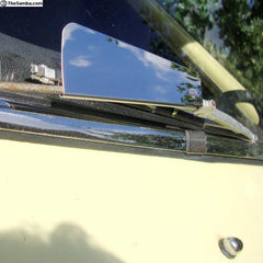 Wiper wind deflectors