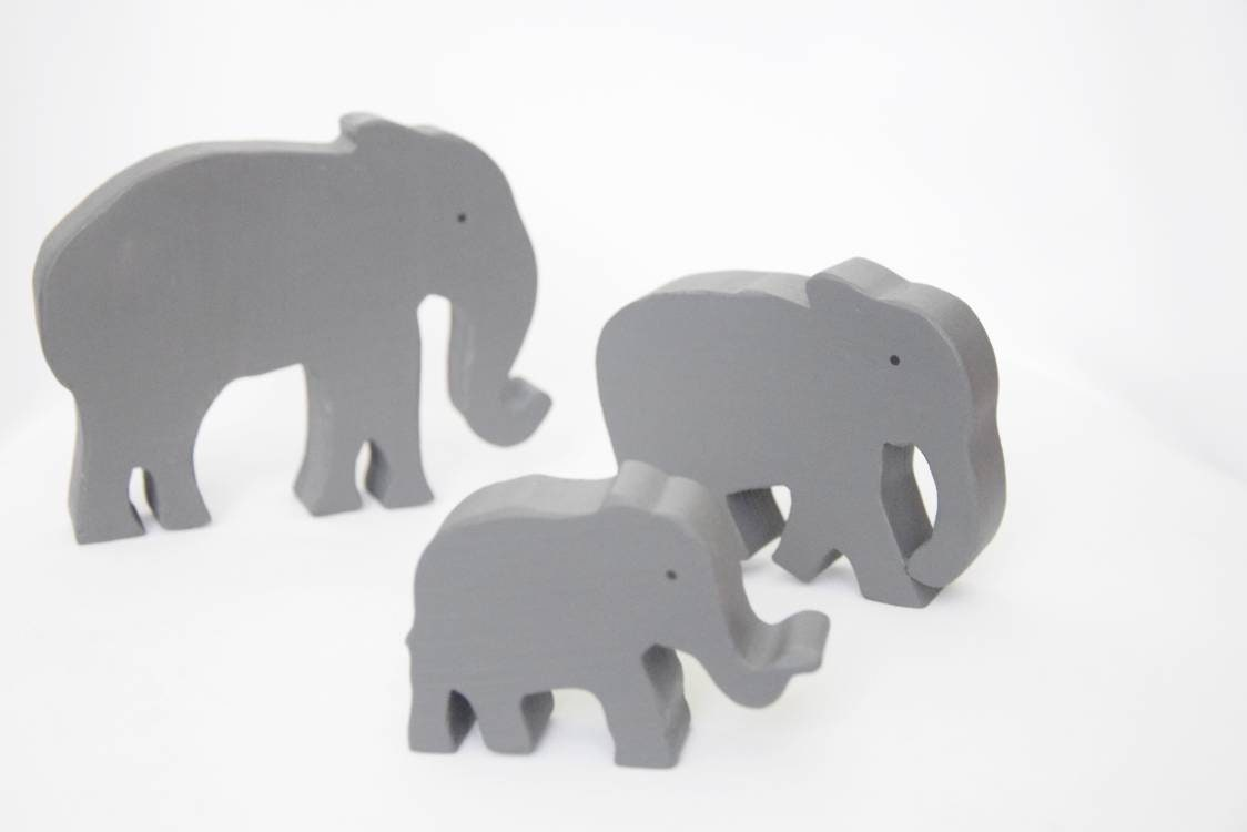 Elephant family wooden toy, waldorf wooden toy