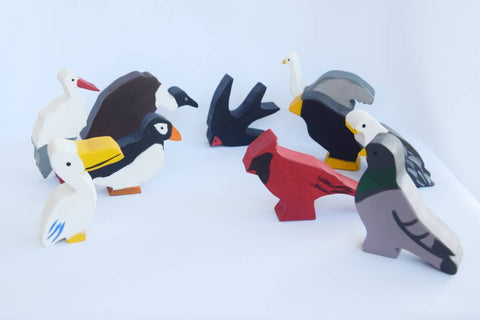 Wooden birds toy set