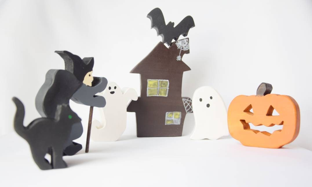 Wooden witch house, halloween toy set, waldorf inspired, halloween decor, haunted house, wooden jack o' lantern, wooden witch, halloween