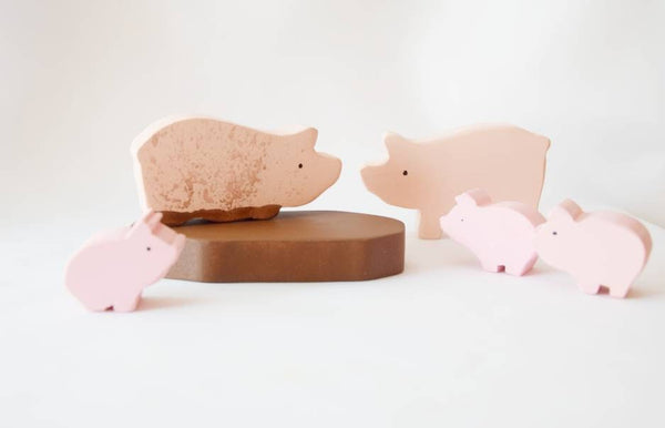 Pigs in mud wooden toy set, wooden animals, pretend play, open ended toys, waldorf inspired, waldorf wooden toys, imaginative play