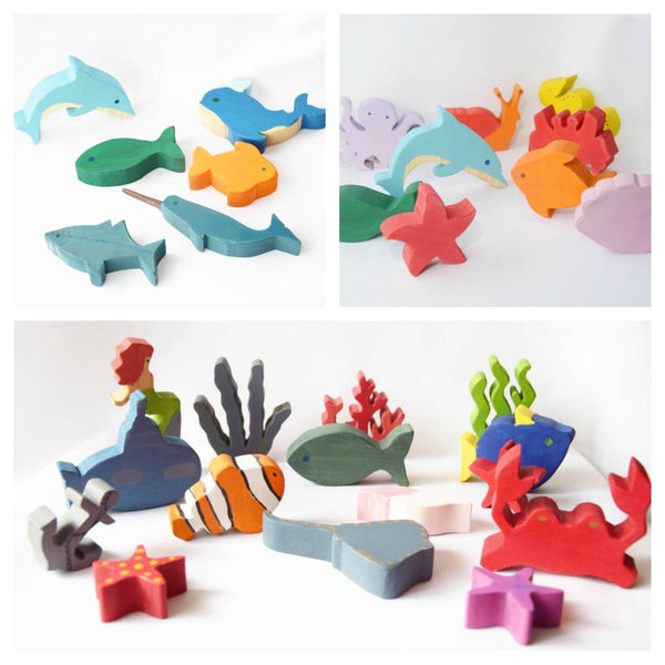 Mix bundle of animals and wooden play sets