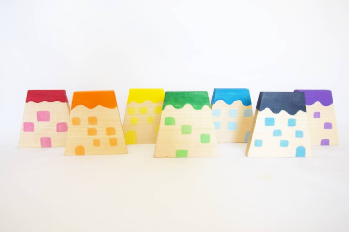 Wooden rainbow houses, open ended play, rainbow wooden toy, small world play, gift for christmas, kids toy, toy set, waldorf wooden toys