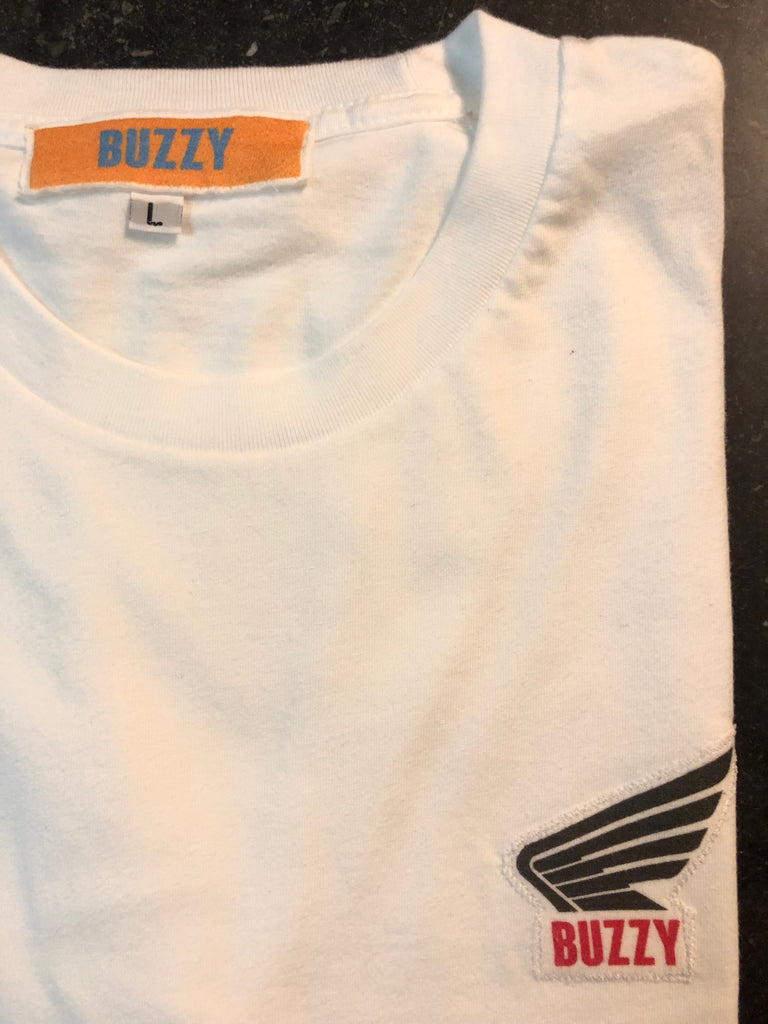 Buzzy - Wing Tee