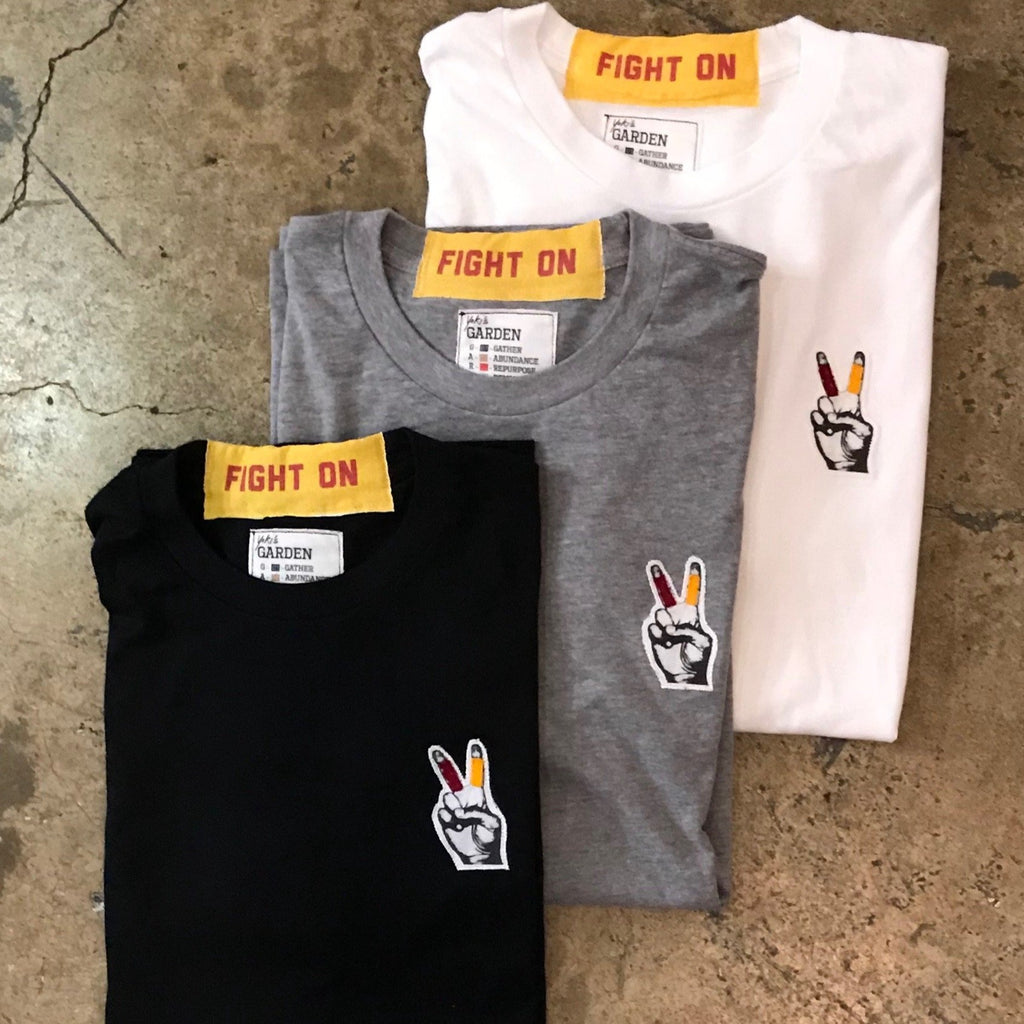 USC - Small Fight On Finger Tee
