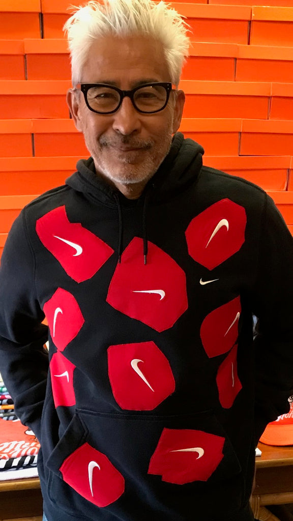 Yokishop - Upside Down Nike Swoosh Sweatshirt