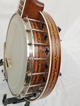 Load image into Gallery viewer, Langstile Deluxe Tenor Banjo