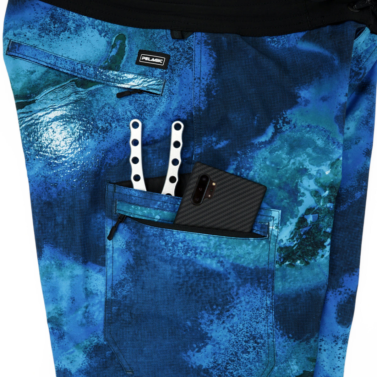 Blue Water Fishing Shorts Big Image - 4