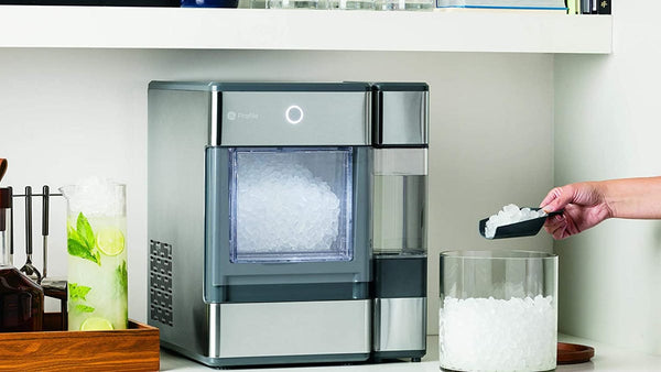 How to clean an ice maker naturally