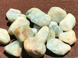 Aquamarine Blue Beryl Tumbled Set of 18 with Silk Bag