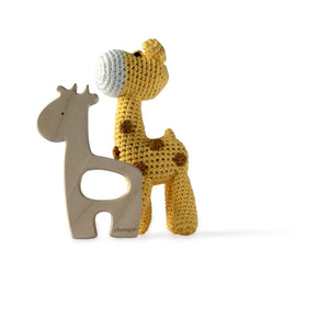 I AM BCO conscious Lifestyle Crotchet Giraffe Rattle & Timber Teether Cheengoo Ethical and eco friendly Bamboo