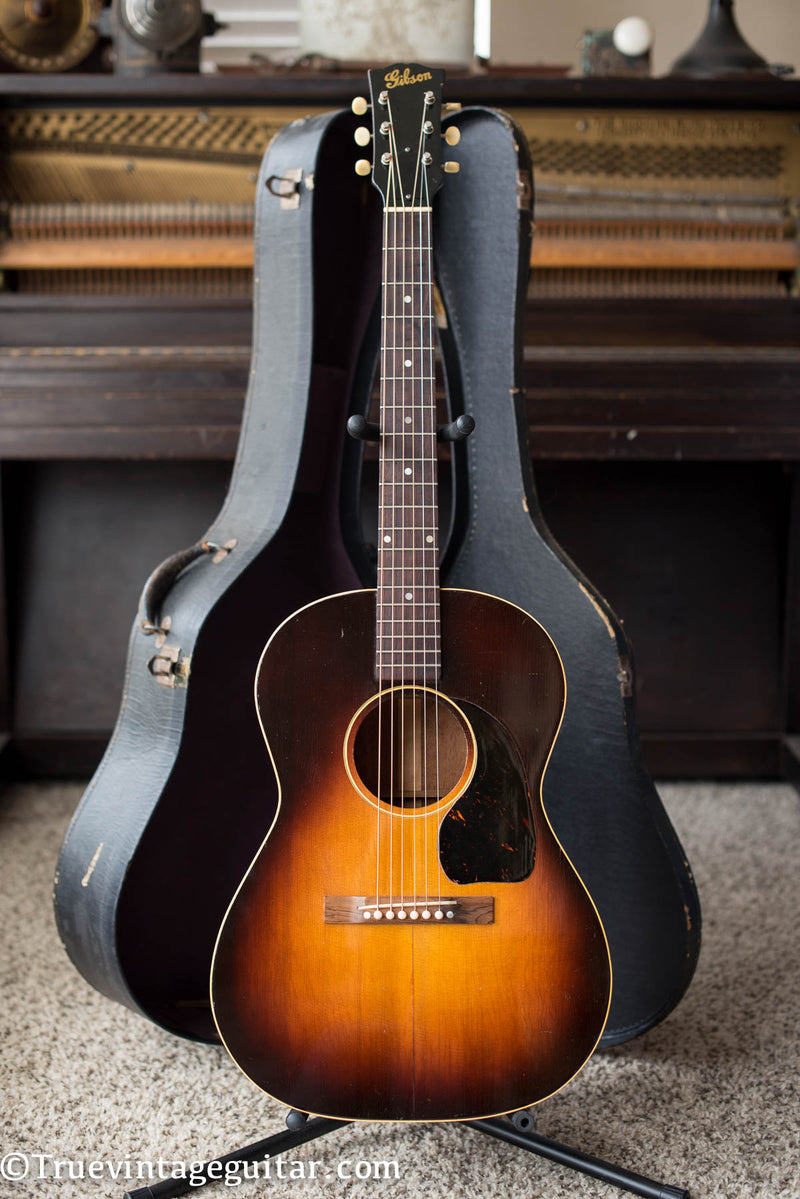 Vintage 1946 Gibson LG-2 acoustic guitar