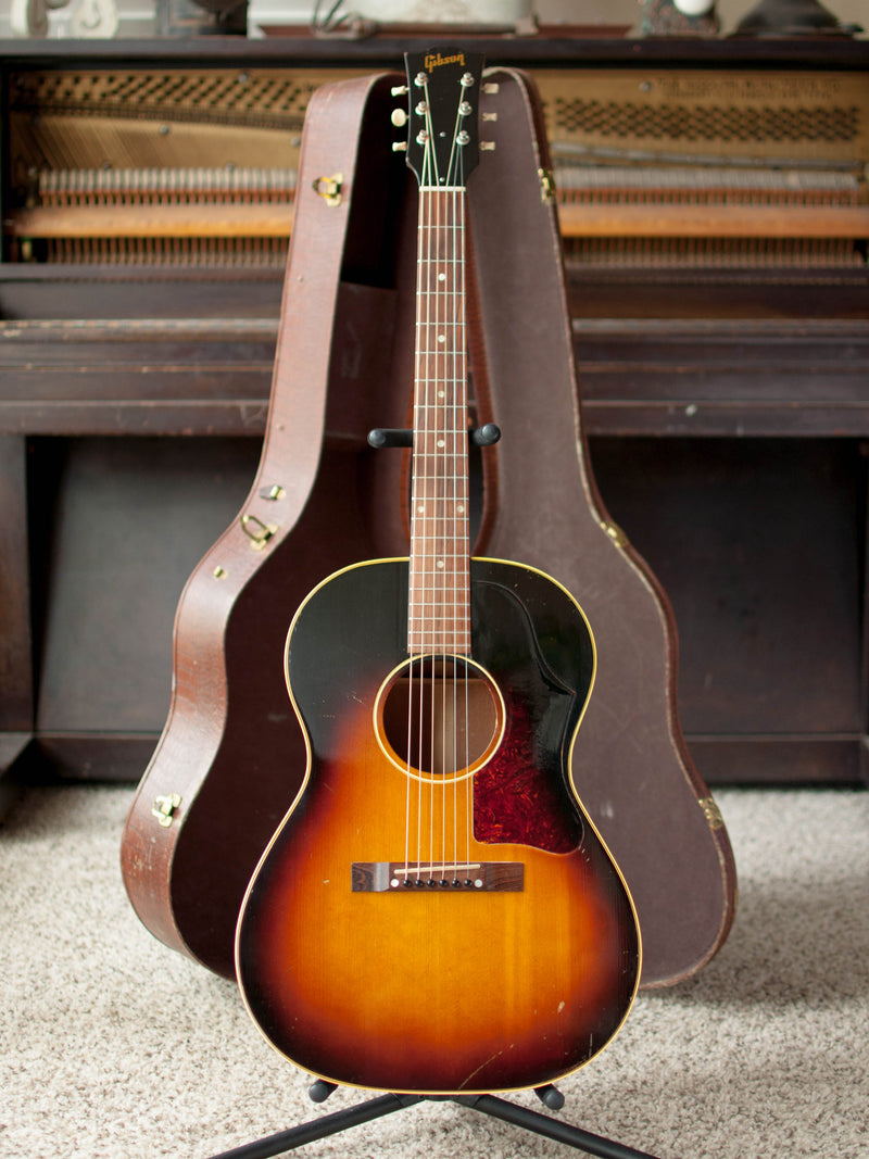 Vintage Gibson LG-2 1957 1950s acoustic guitar