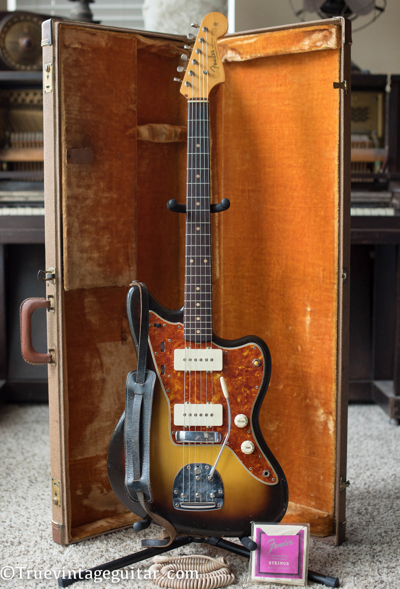1960 Fender Jazzmaster Sunburst electric guitar