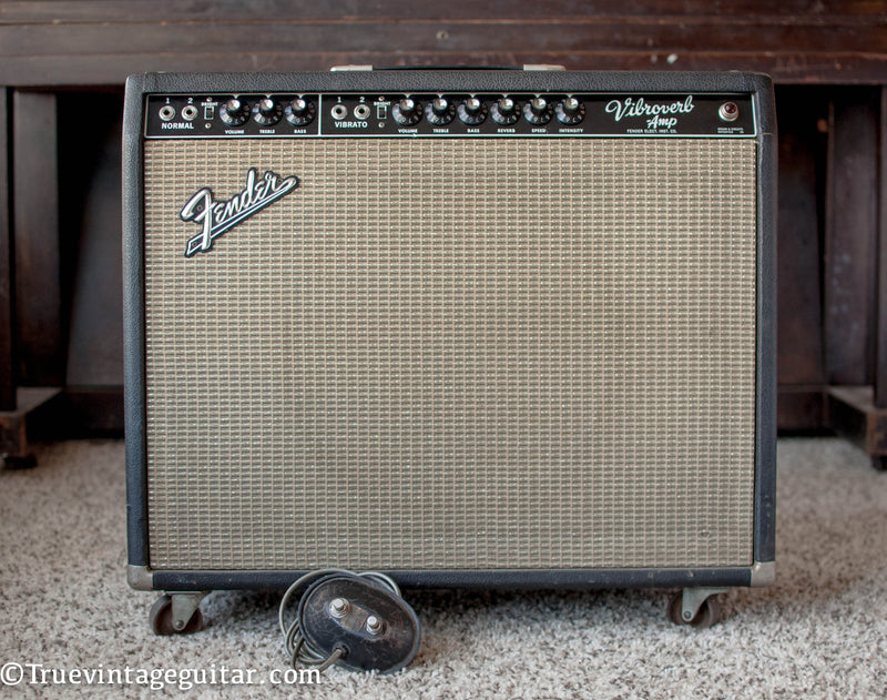 Vintage 1964 Fender Vibroverb guitar amplifier A01373