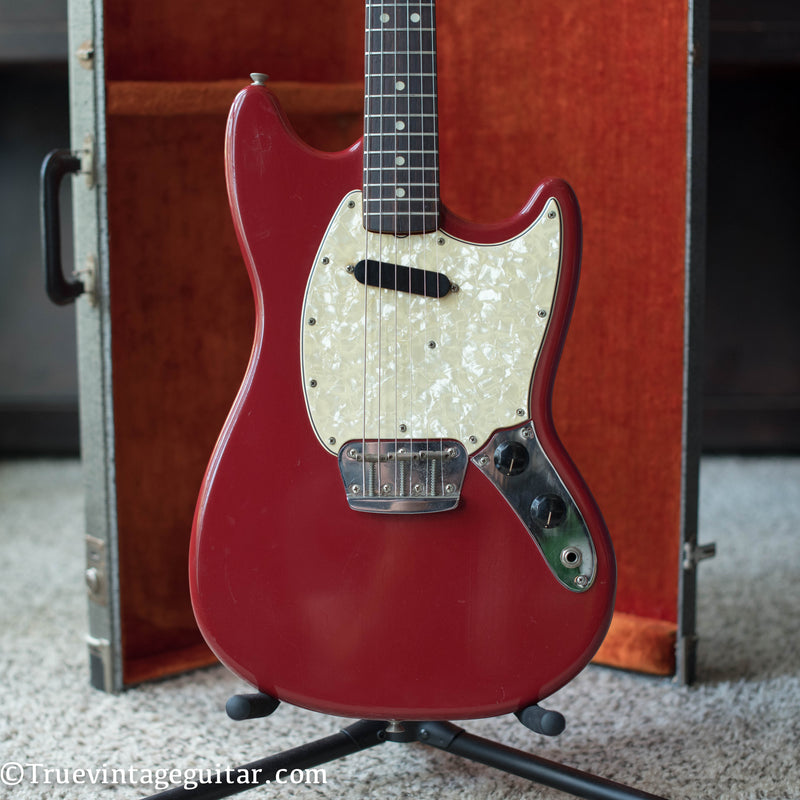 vintage 1966 Fender Musicmaster II Red electric guitar