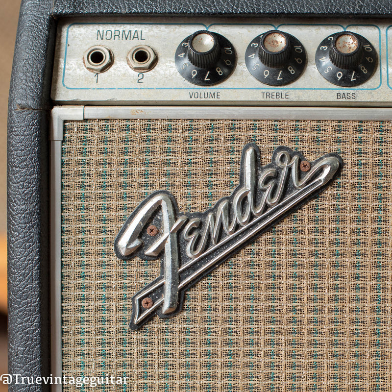 1969 Fender Deluxe Reverb Amp drip edge, raised logo