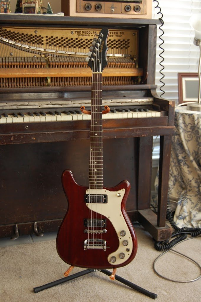 A Semi-Rarity:  The 1966 Epiphone Wilshire (USA!)