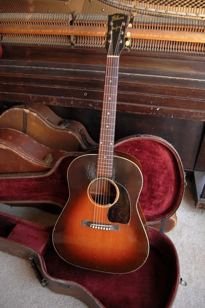 1943 Gibson J-45: All Mahogany, All blues