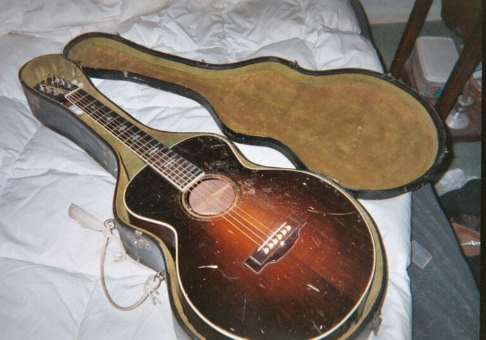 1928 Gibson Nick Lucas... from an email