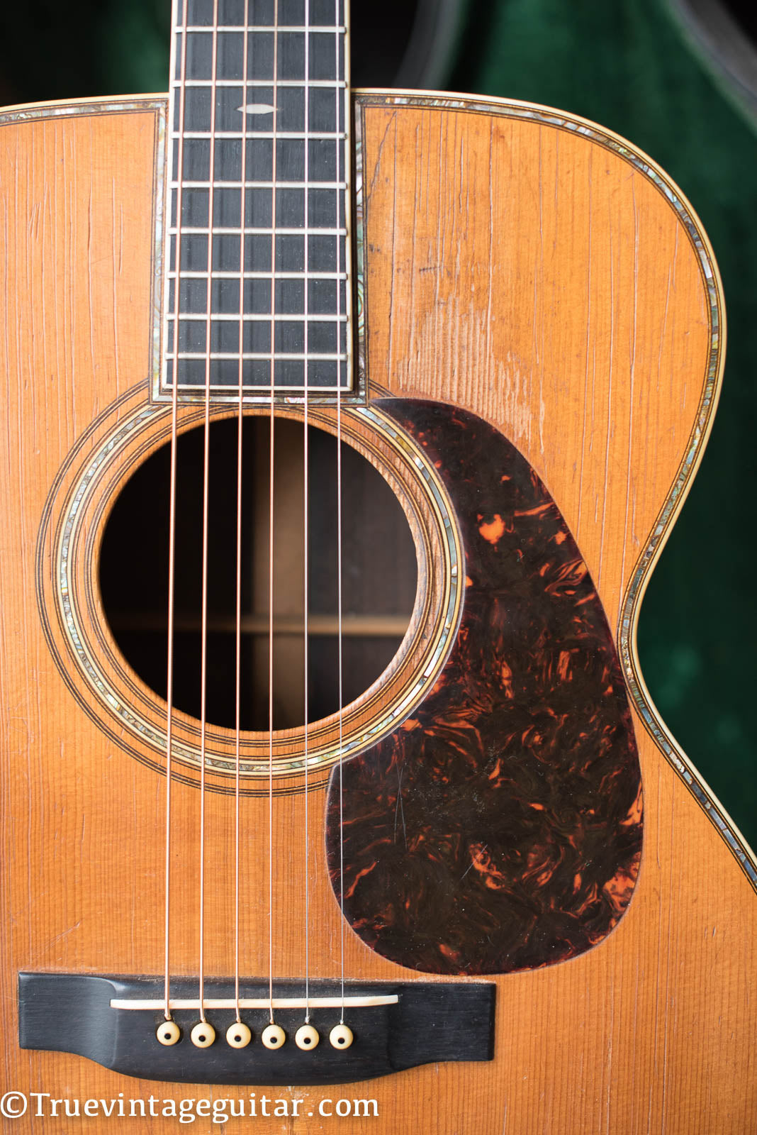 Pearl inlay, Vintage 1941 Martin 000-42 acoustic guitar