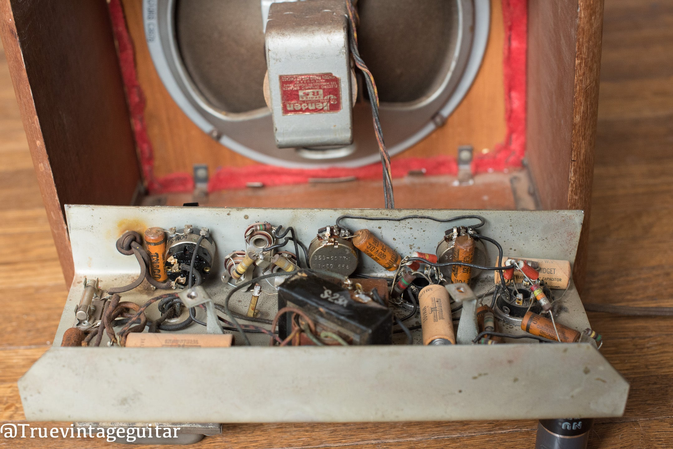 Chassis, circuit, 1946 Fender Model 26 Red grill cloth Walnut cabinet