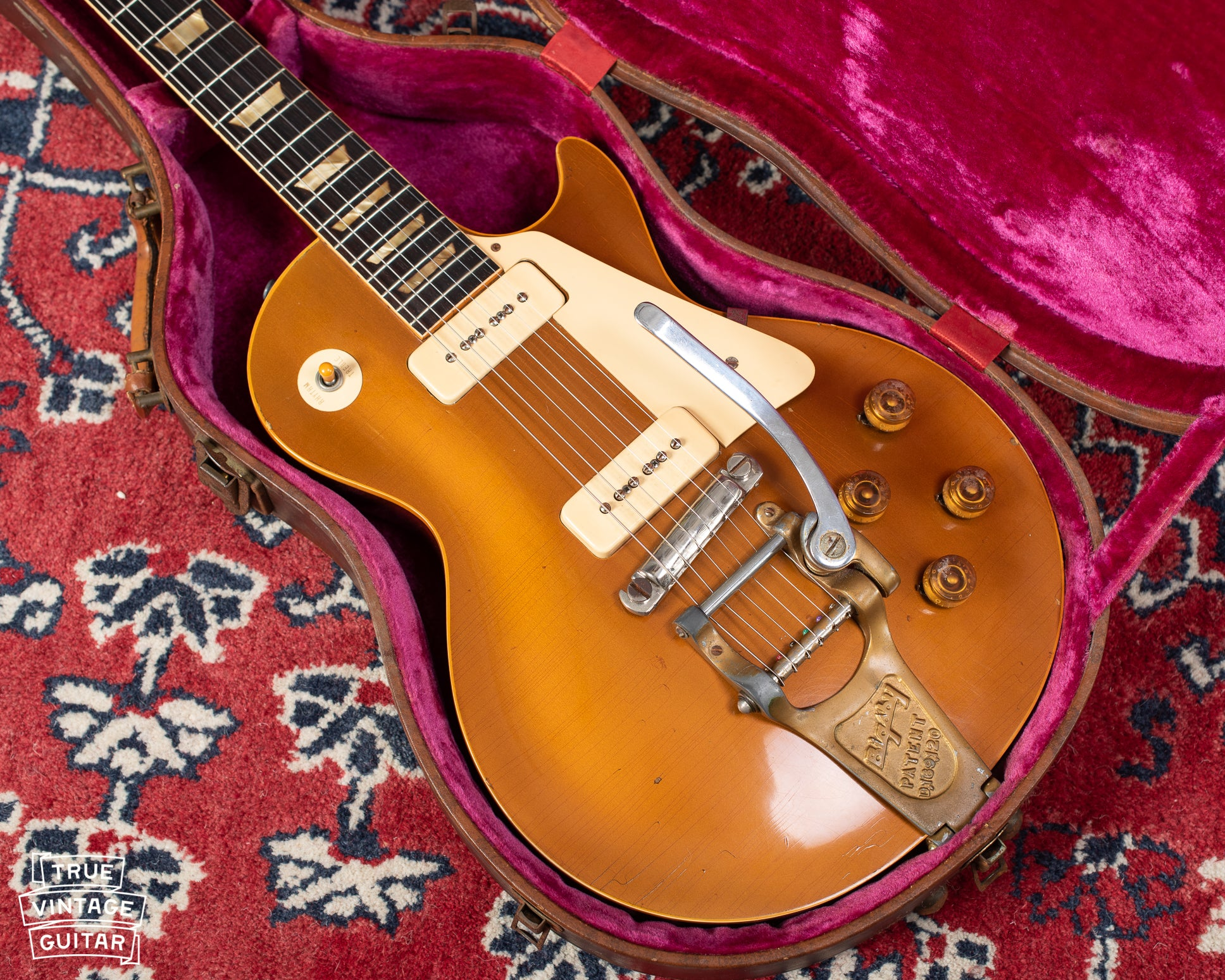 1950s Gibson Les Paul goldtop guitar with Bigsby