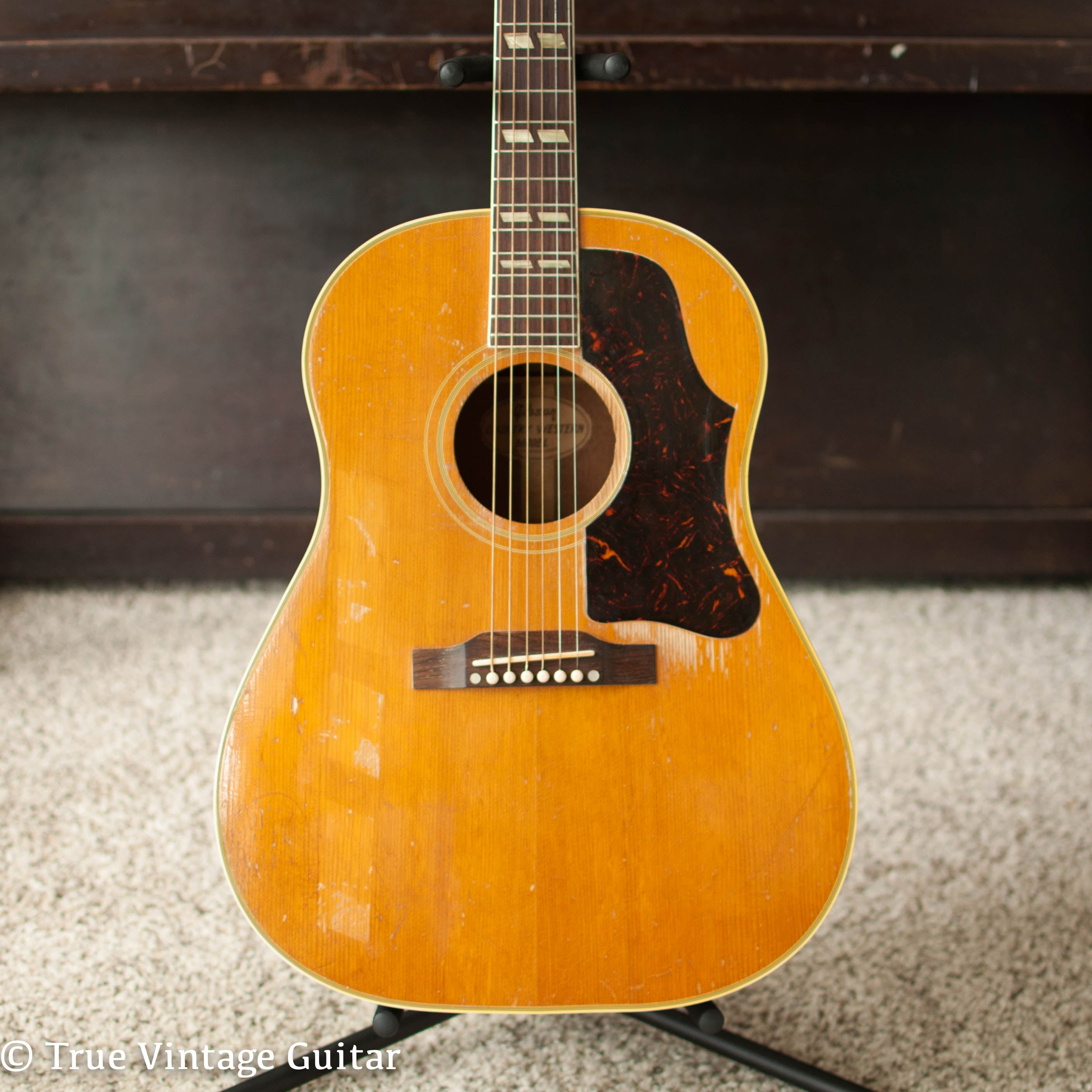 Vintage 1950s Gibson acoustic guitar Country Western