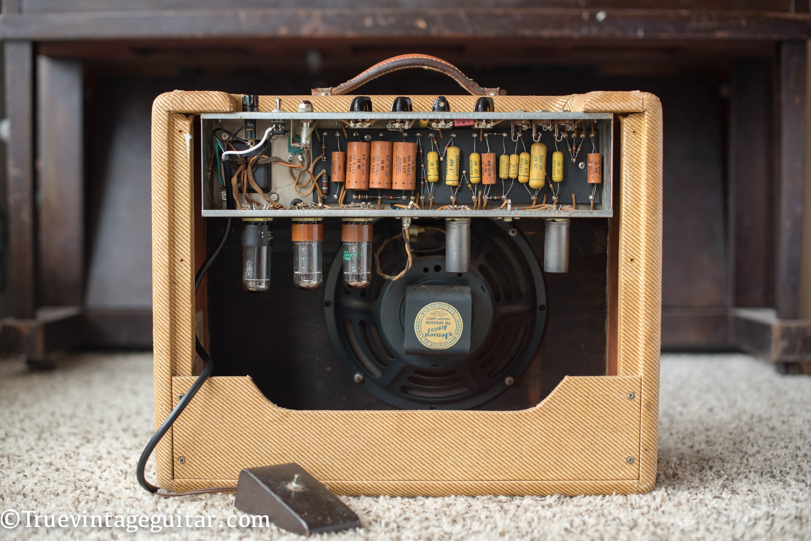 Chassis, circuit, vintage 1957 Fender Vibrolux