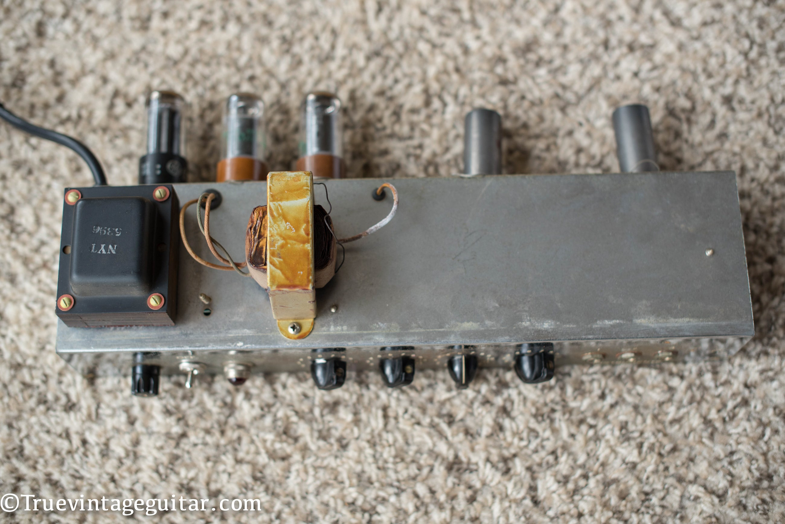 Output transformer, power transformer, chassis, 1957 Fender Vibrolux amp