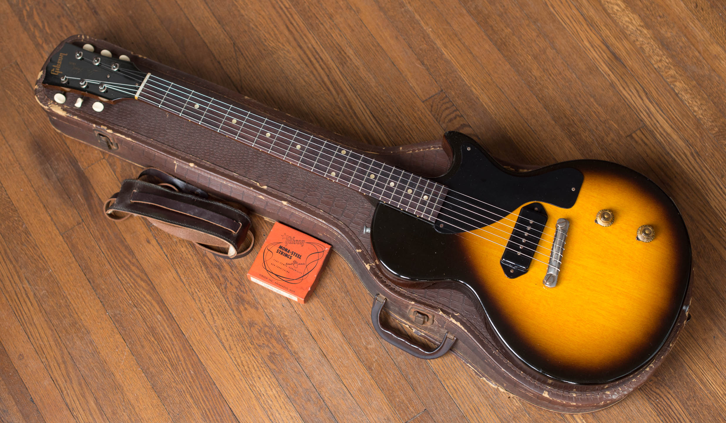 Where to sell vintage Gibson Les Paul Junior guitar