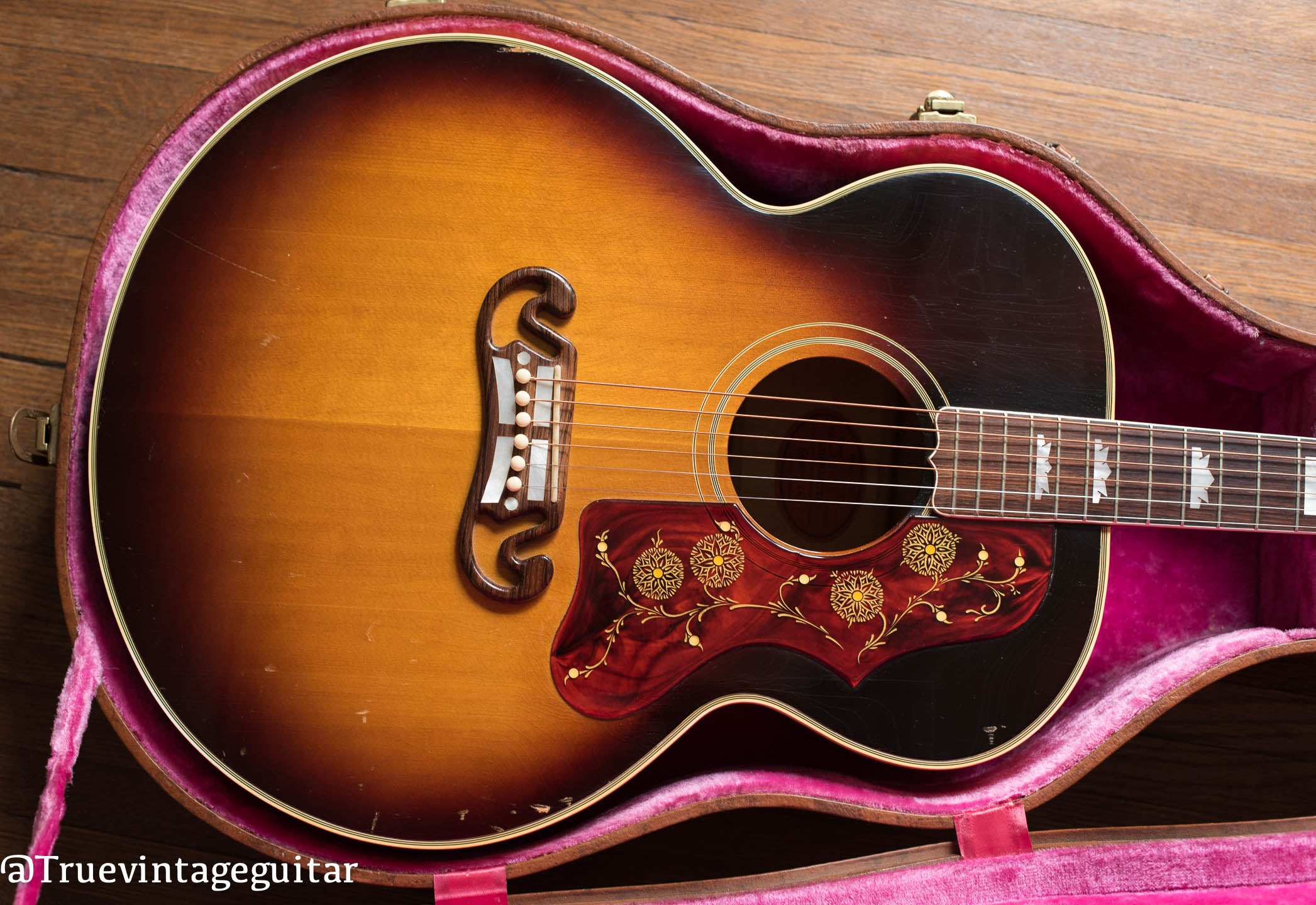 Where to sell Gibson acoustic guitar, Gibson guitar buyer