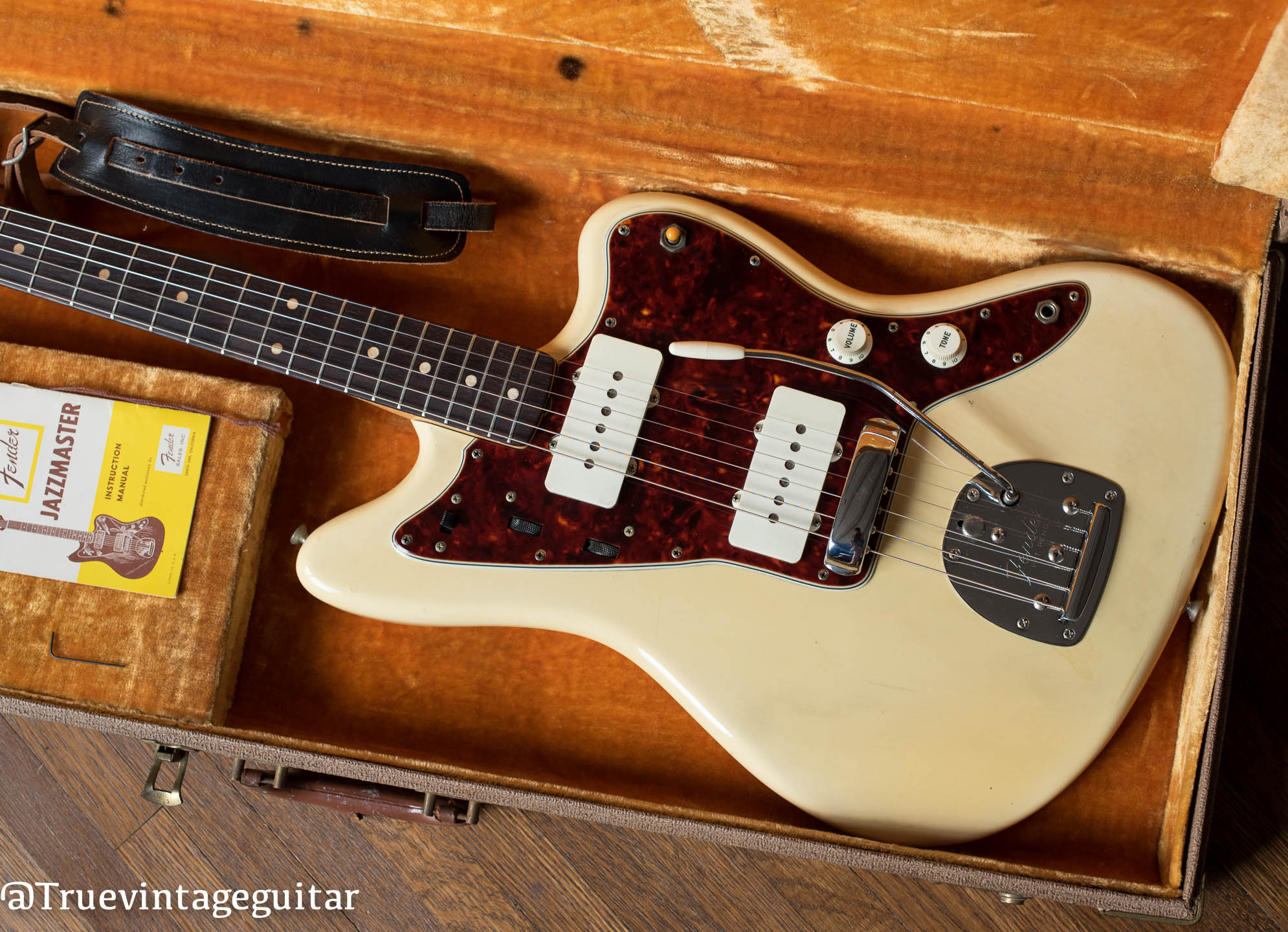 How to date vintage Fender Jazzmaster electric guitar
