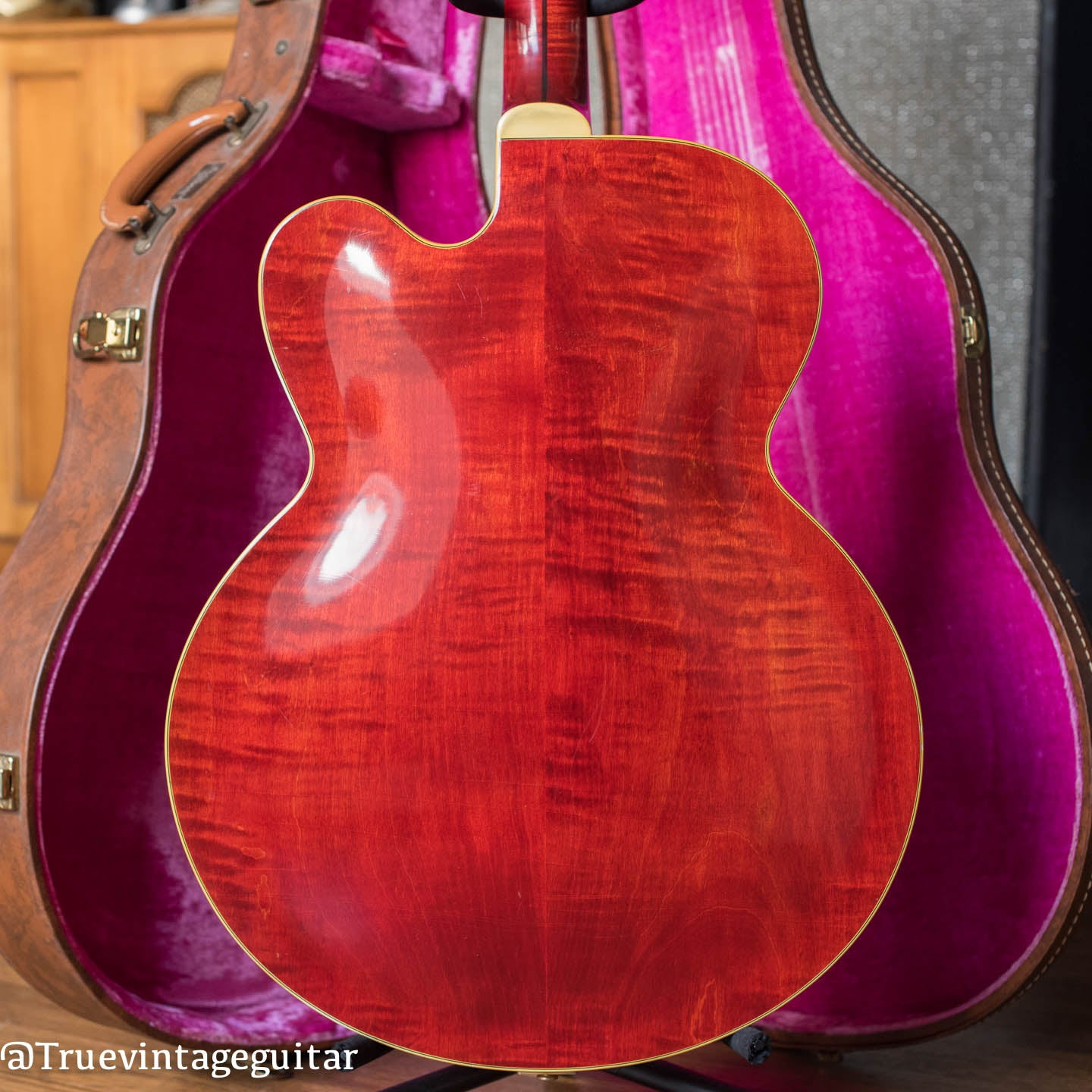 1961 Gibson L-5 CT Special, Cherry, Maple back