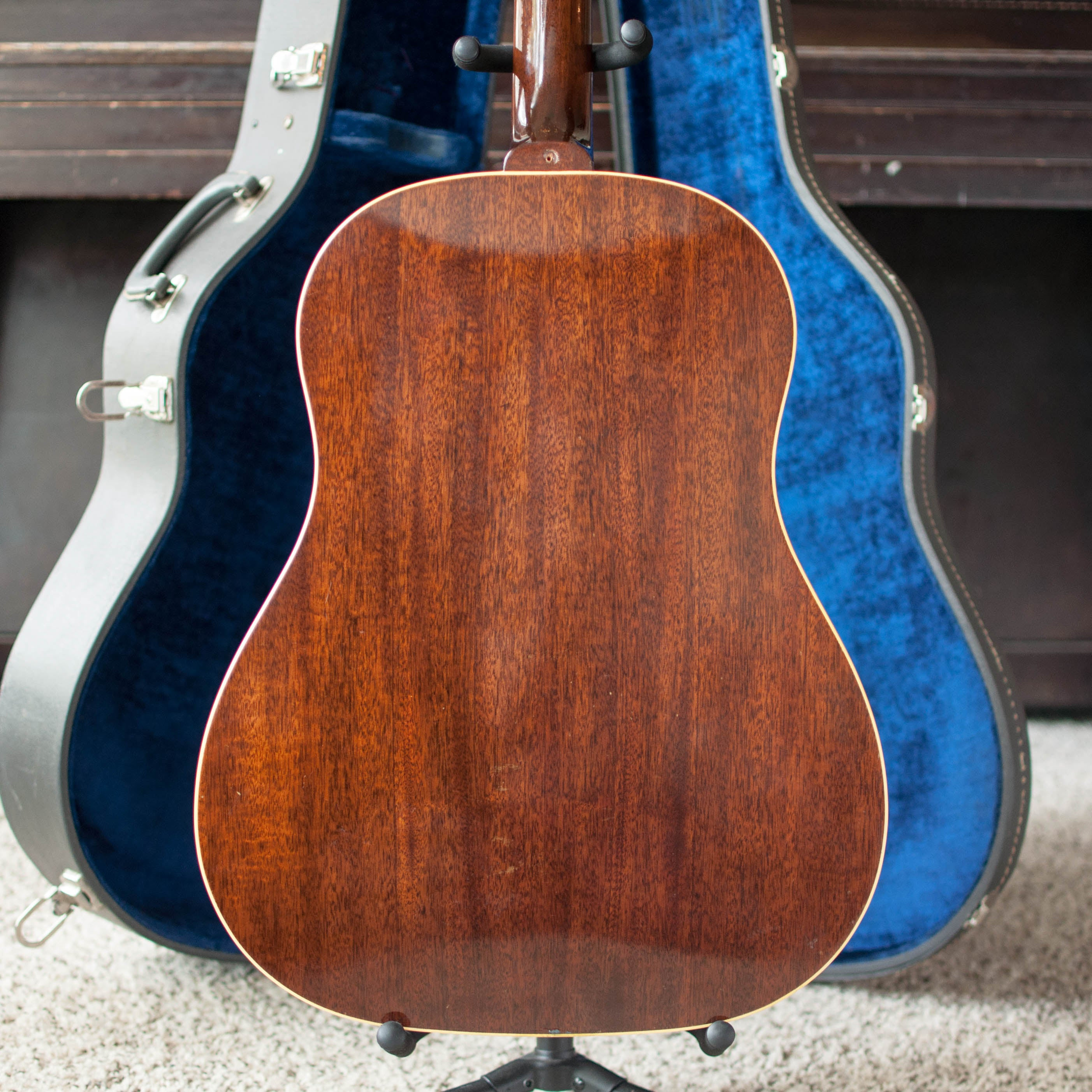 Mahogany back, vintage 1964 Epiphone FT-79 Texan