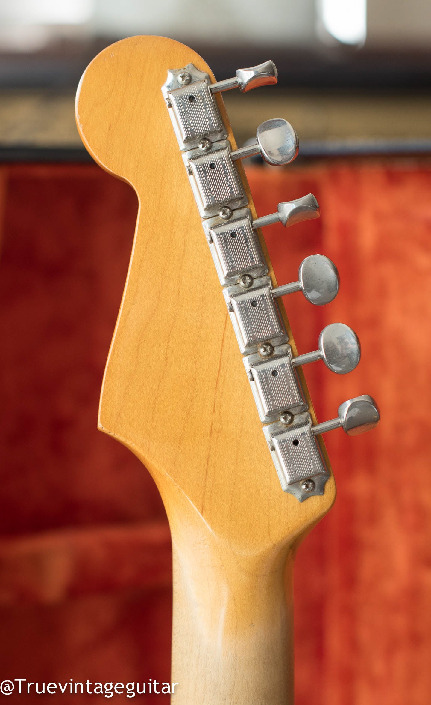 Double line Kluson tuners, Vintage 1965 Fender Stratocaster