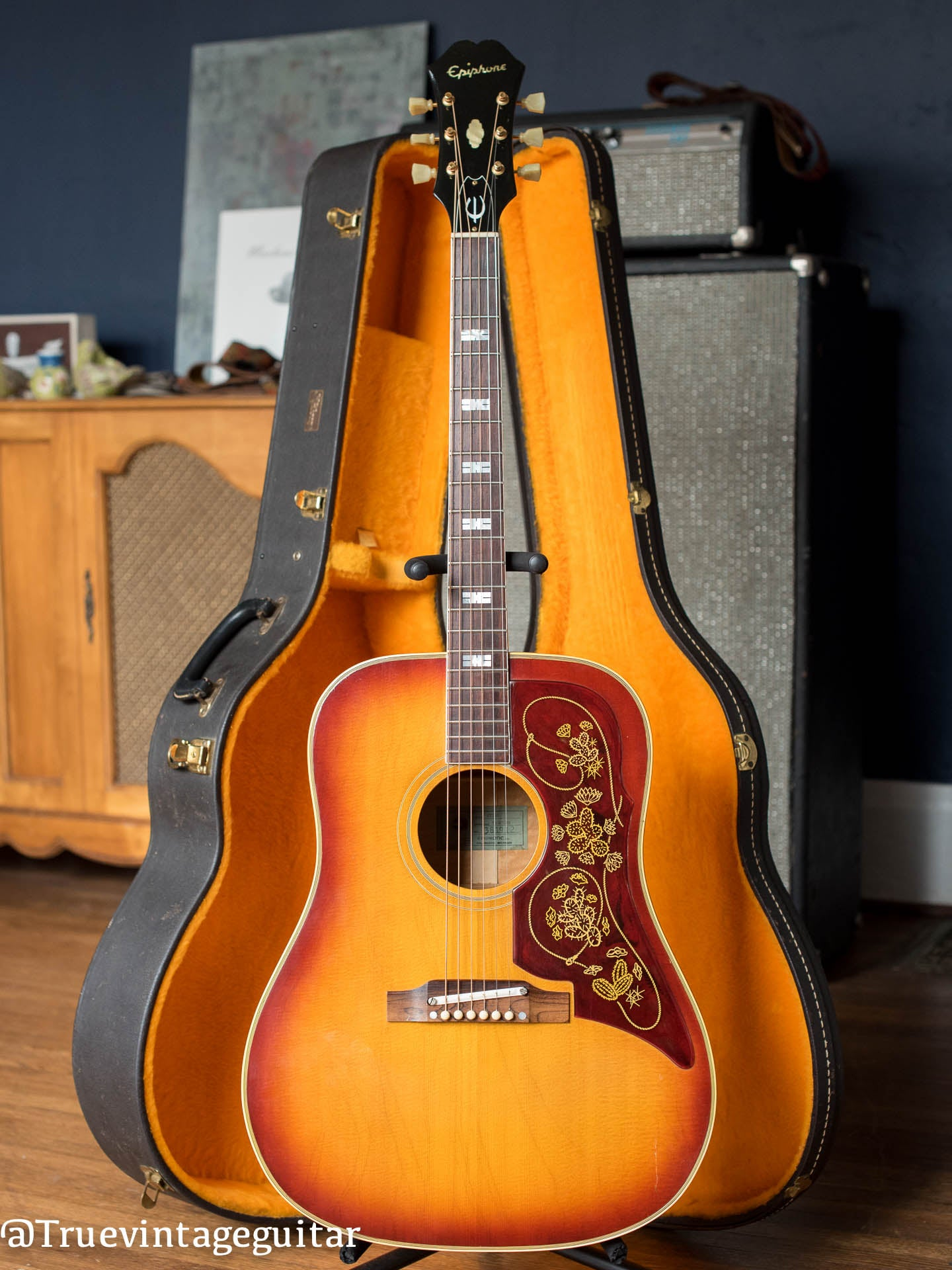 Where to sell vintage Epiphone guitar