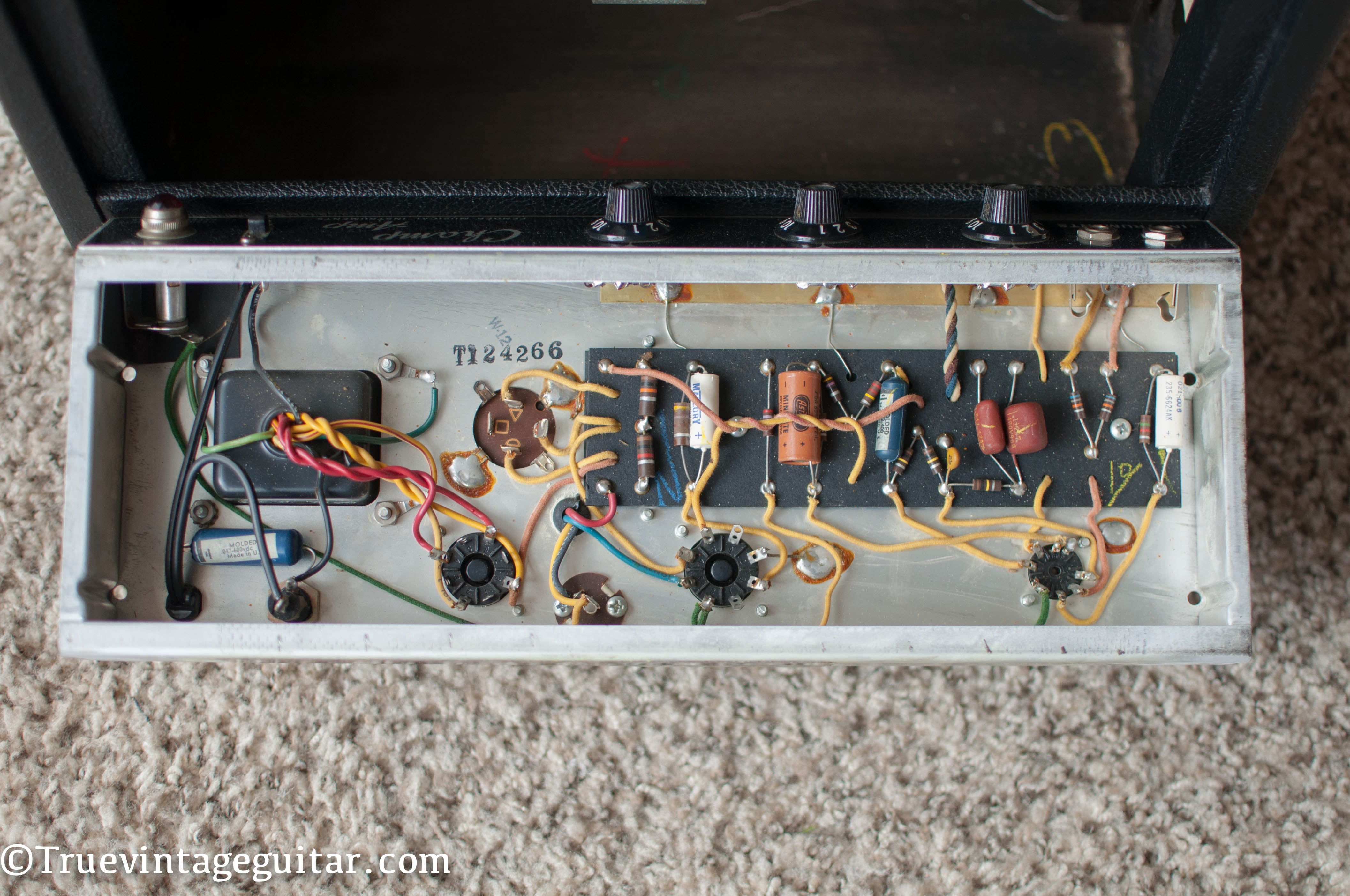 Chassis, circuit, 1966 Fender Champ